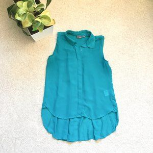 Teal sleeveless button down w/ knife pleat detail